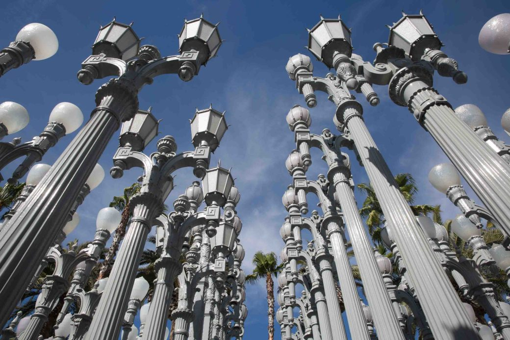 Las farolas de Urban Light, Los Angeles County Museum of Art (LACMA), EE.UU.