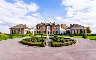 در قصر رؤیایی در حومه تورنتو زندگی کنید