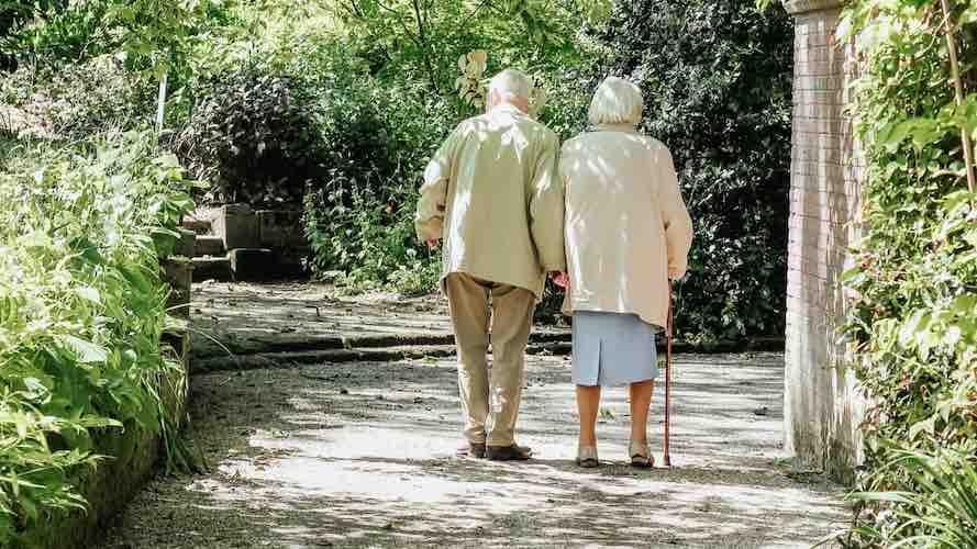 کمک مالی به سالمندان کانادایی در بحران کرونا