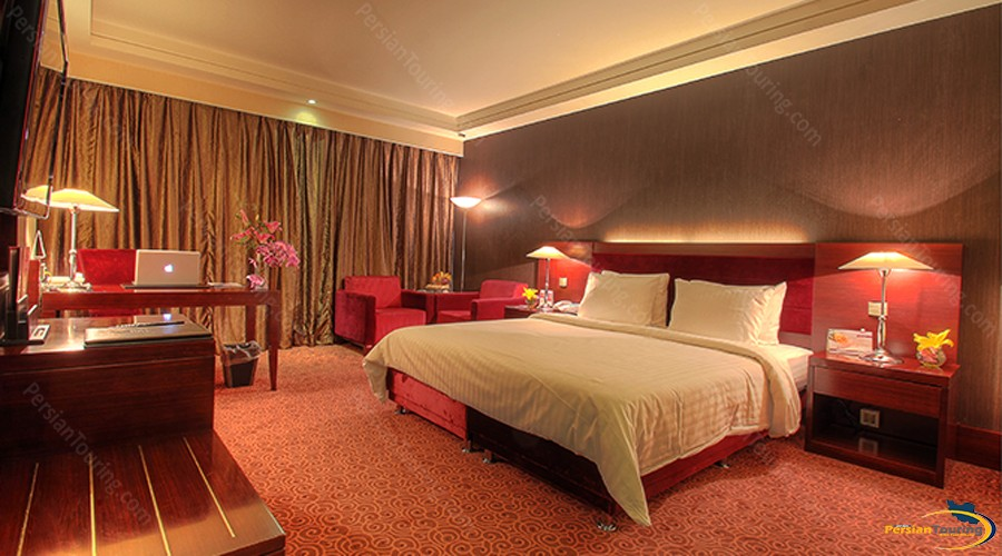 parsian-azadi-hotel-tehran-double-room-1