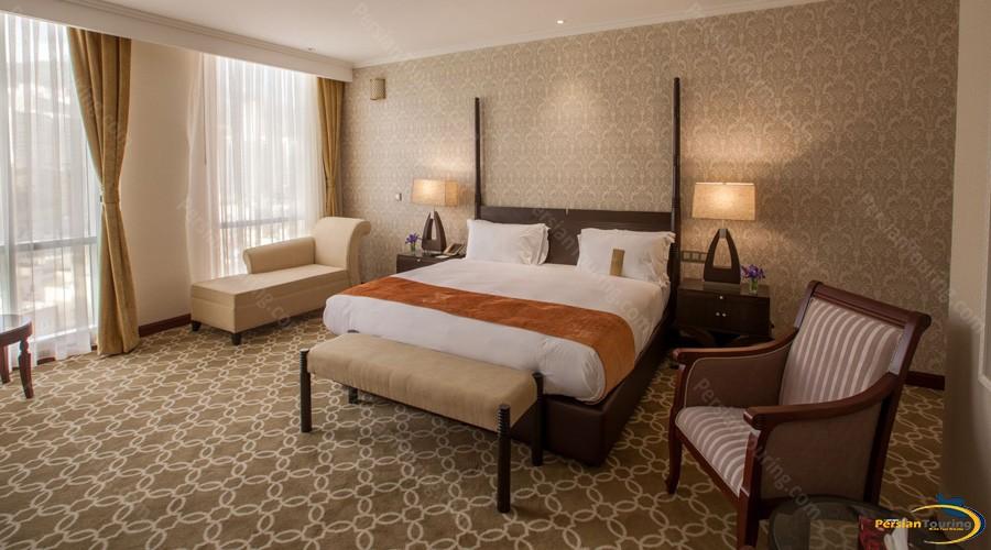 espinas-palace-hotel-tehran-royal-room-1