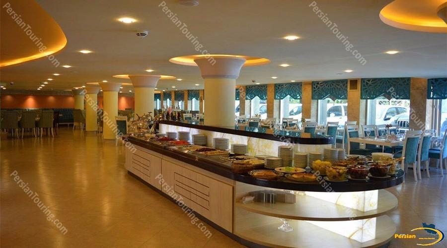 Parsian-Kowsar-Hotel-Isfahan-restaurant