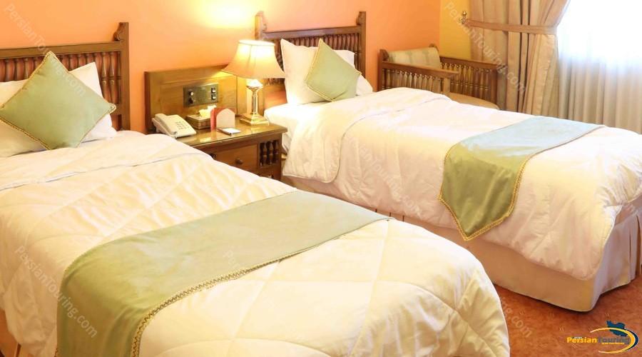 abbasi-hotel-isfahan-standard-room