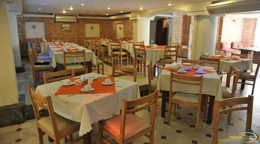 arg-hotel-shiraz-restaurant-1