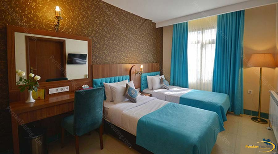 arg-hotel-shiraz-twin-room-1