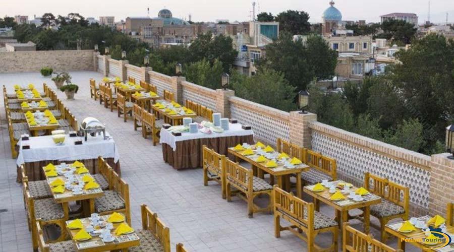 dad-hotel-yazd-restaurant-1