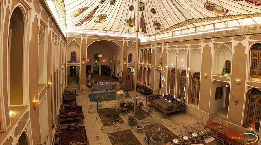fahadan-museum-hotel-yazd-yard-2