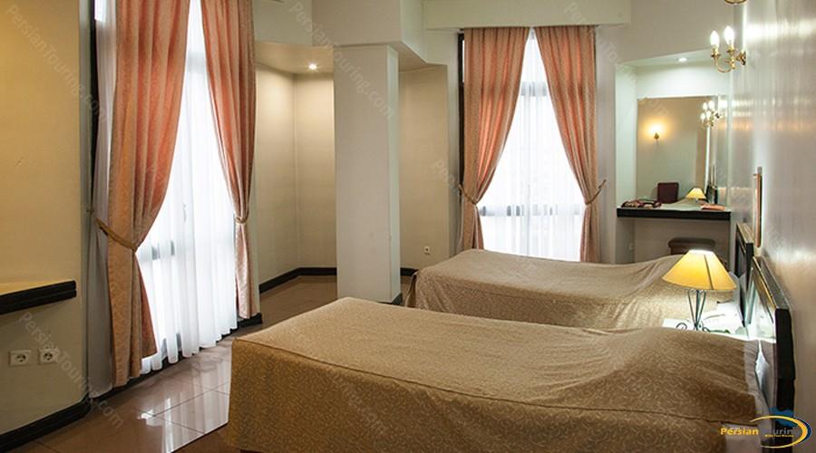 grand-hotel-tehran-twin-room-2