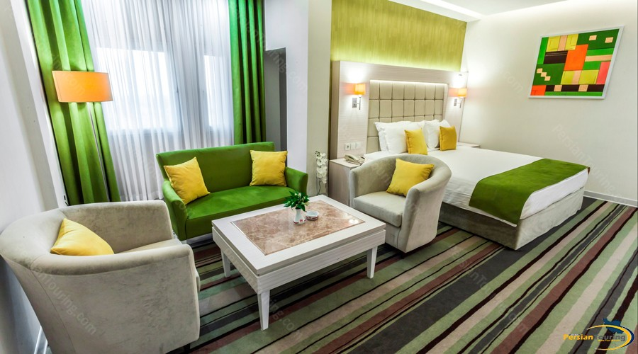 howeyzeh-hotel-tehran-12