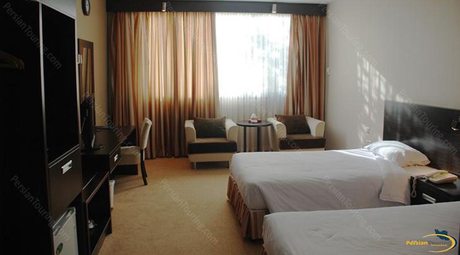 iran-football-academy-hotel-tehran-twin-room-2