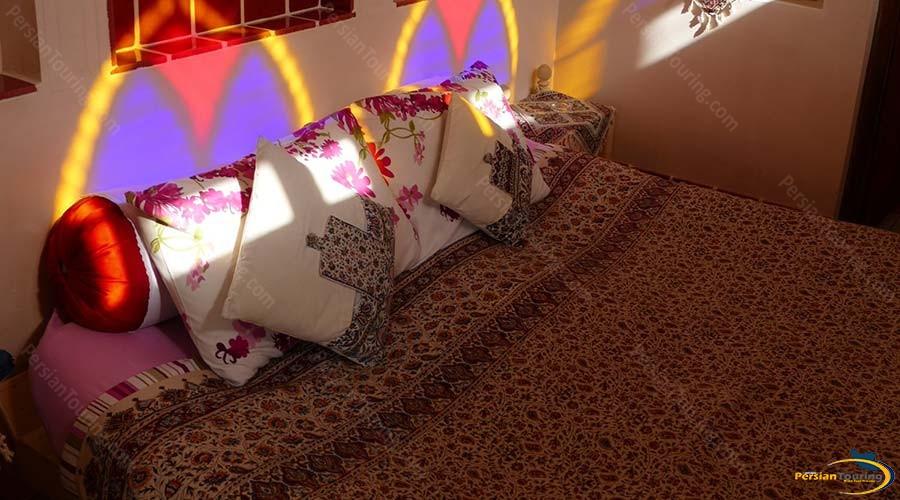 iranian-house-hotel-kashan-double-room-4