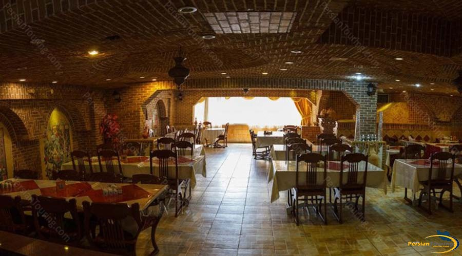 jaamejam-hotel-shiraz-restaurant-1