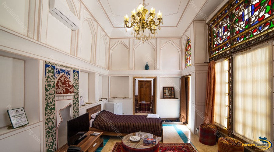 kianpour's-historical-residence-isfahan-triple-room