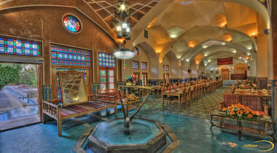 moshir-al-mamalek-garden-hotel-yazd-lobby-1