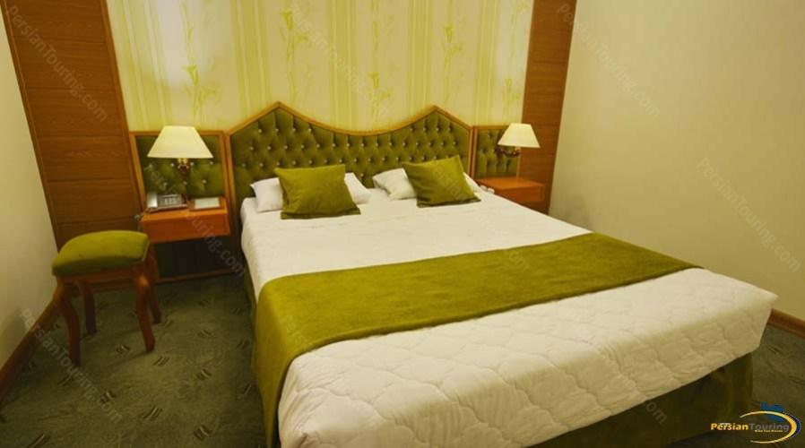 park-saadi-hotel-shiraz-double-room-1