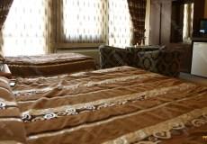 parsian-suite-hotel-isfahan-triple-room-4