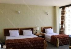 parsian-suite-hotel-isfahan-triple-room-6