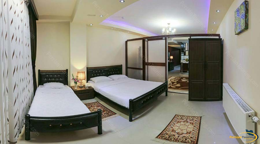 rose-reyhan-hotel-shiraz-one-bedroom-apartment-for-5-persons-1