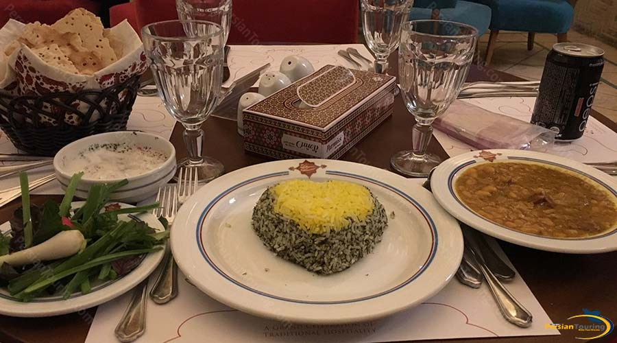 saraye-ameriha-boutique-hotel-kashan-restaurant-3
