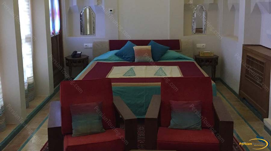 saraye-ameriha-boutique-hotel-kashan-royal-suite-1