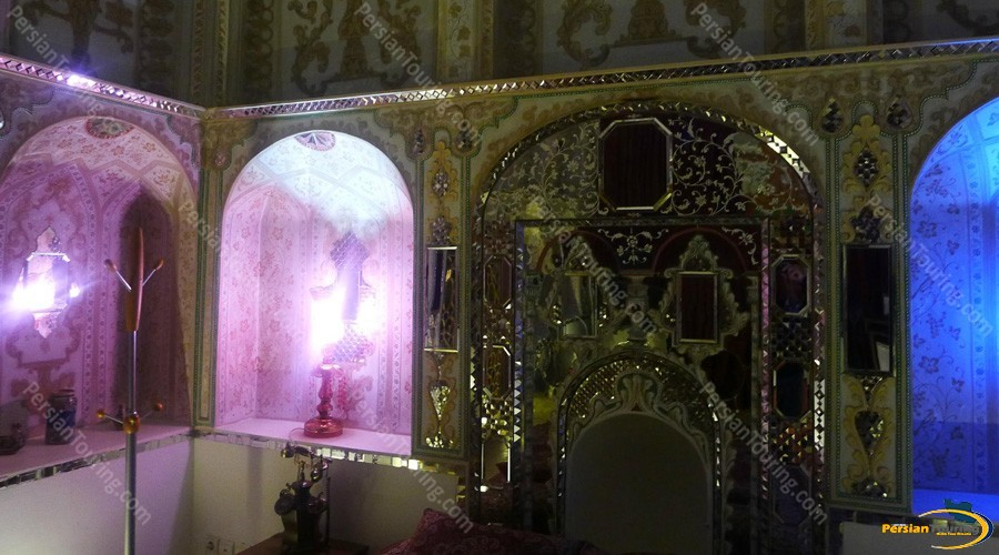 traditional-hotel-isfahan-double-room-1