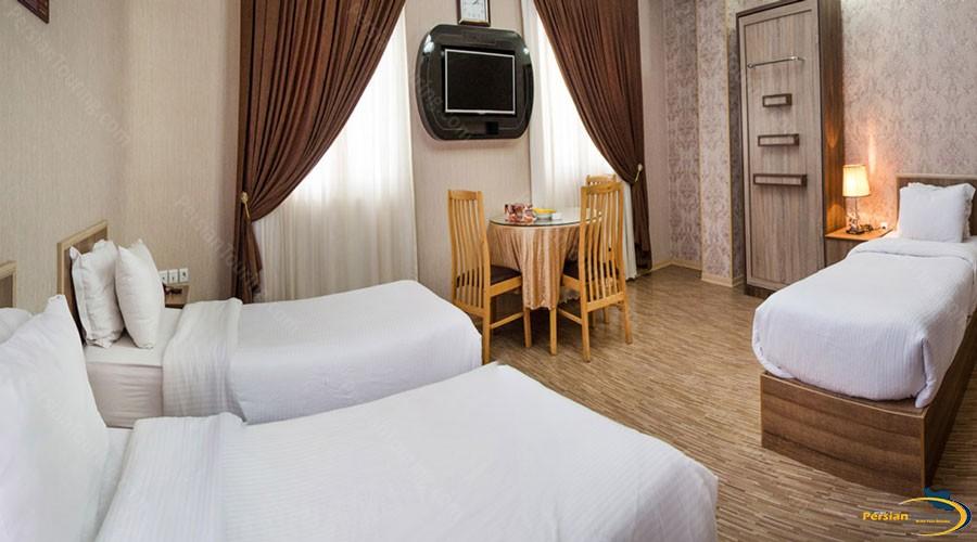 aria-hotel-urmia (9)
