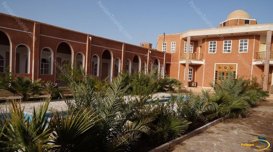 bali-desert-hotel-isfahan-12