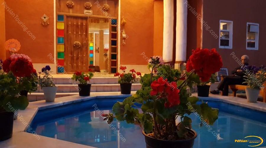 bali-desert-hotel-isfahan-2