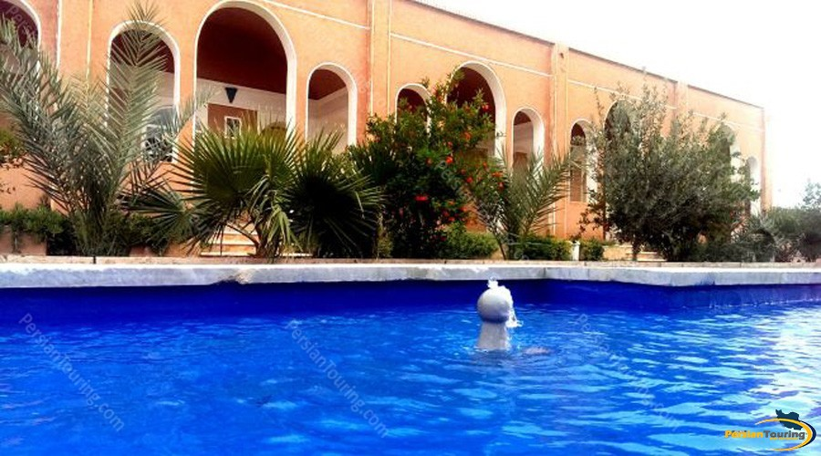 bali-desert-hotel-isfahan-6