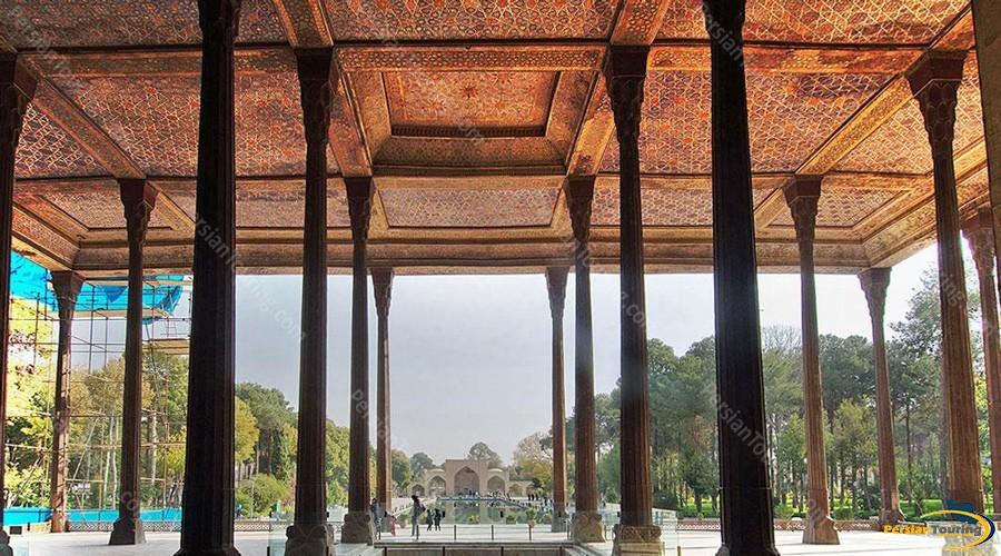 chehel-sotoun-palace-3