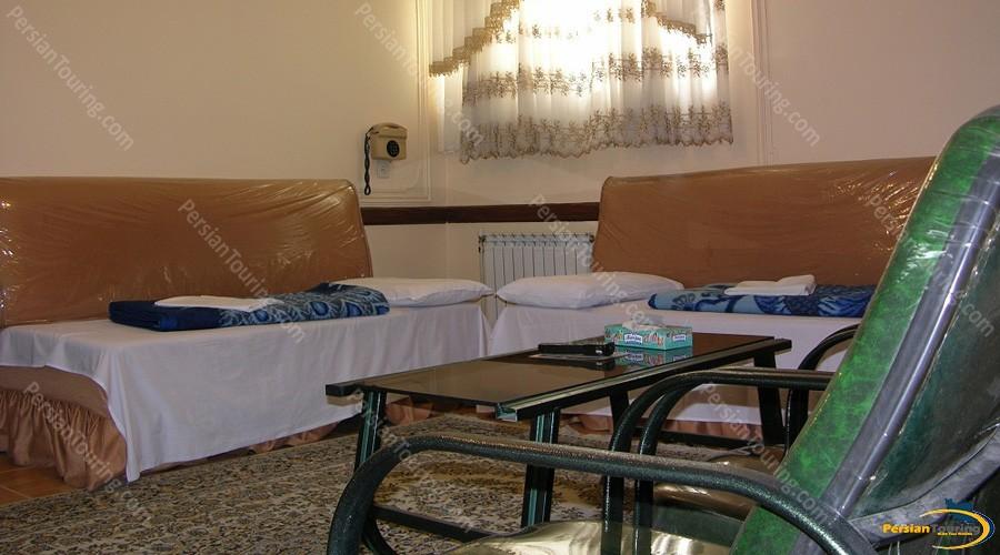 morvarid-hotel-isfahan-twin-room-1