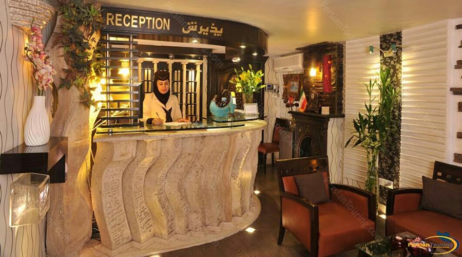 elyan-hotel-tehran-reception-1
