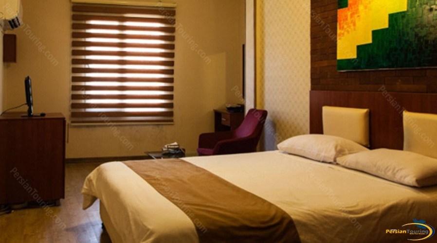 jahan-hotel-tehran-double-room-3