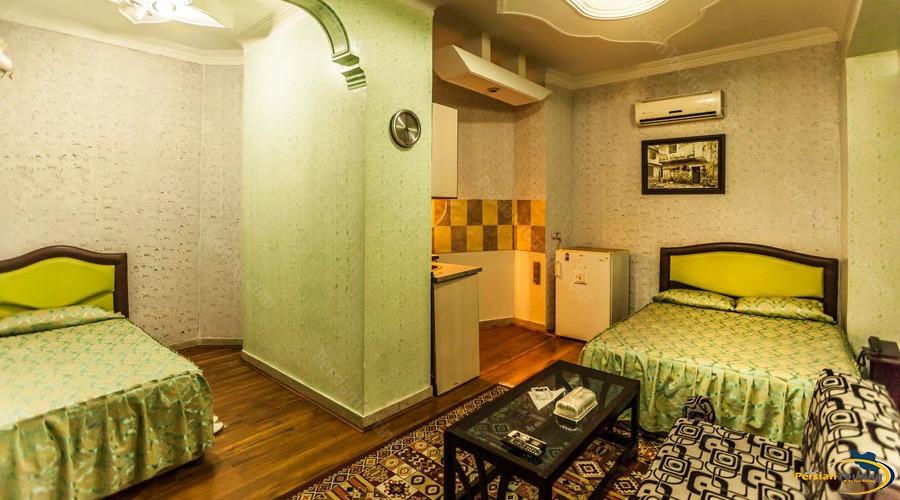 saadi-hotel-tehran-triple-room-1