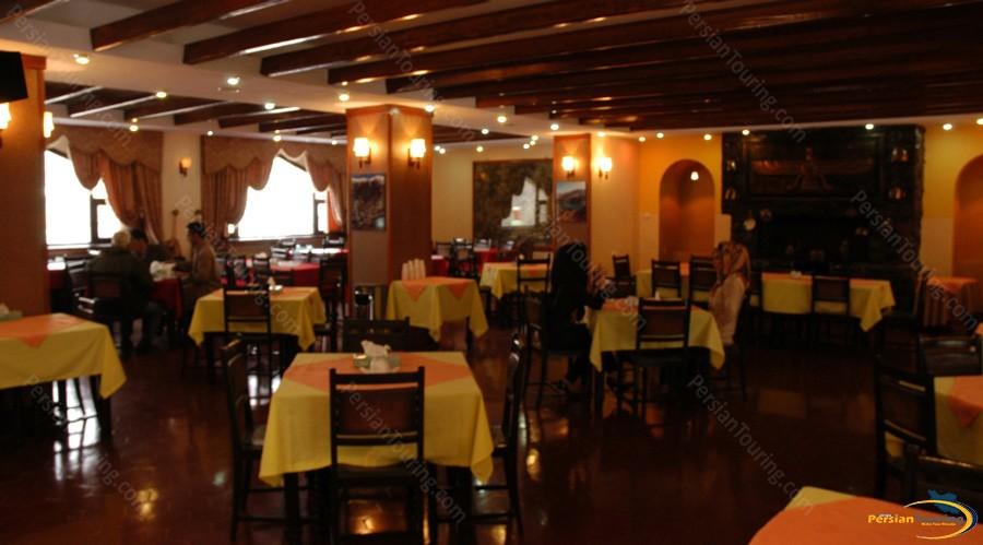shemshak-tourist-hotel-tehran-8