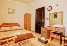 aram-hotel-qeshm-double-room-1
