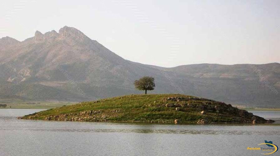 arjan-lake-and-watland-1
