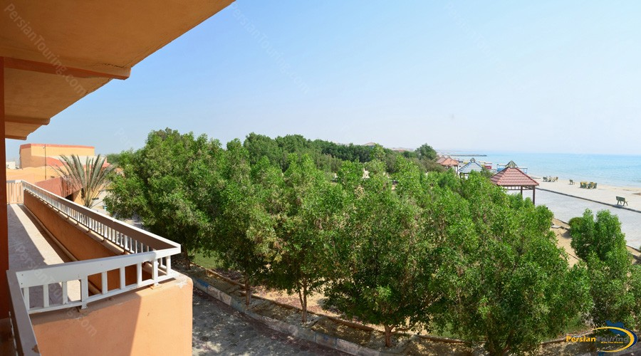 golden-beach-hotel-qeshm-view-1