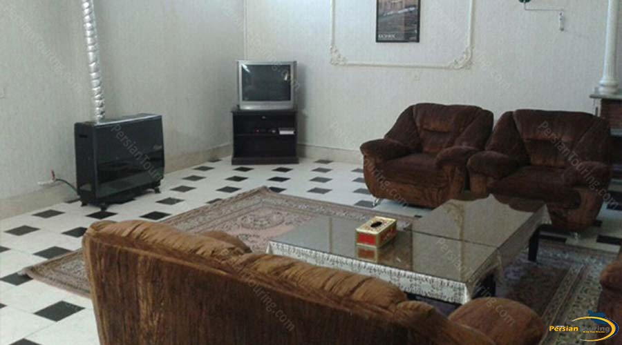 kowsar-hotel-kashan-four-bedroom-apartment-for-8-persons-1