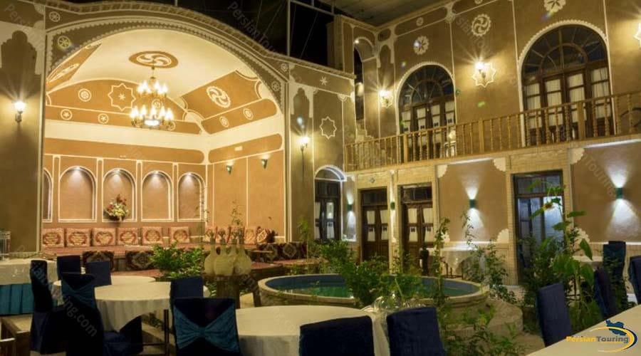 firoozeh-traditional-hotel-yazd-restaurant 2