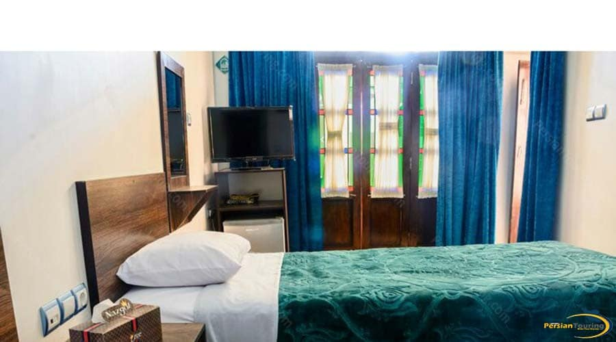 firoozeh-traditional-hotel-yazd-single-room-1