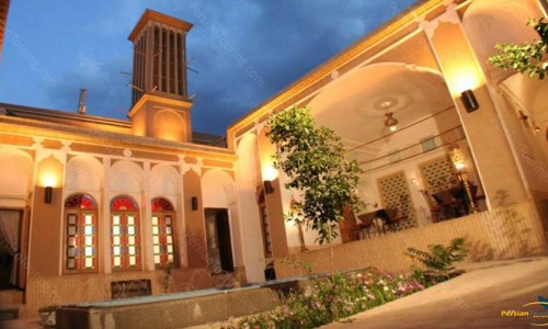 morshed-garden-traditional-hotel-yazd-yard-3