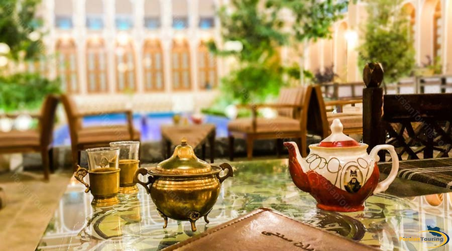 mozafar-traditional-hotel-yazd-cafe-1