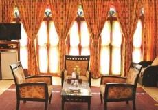 mozafar-traditional-hotel-yazd-quadruple-room-1