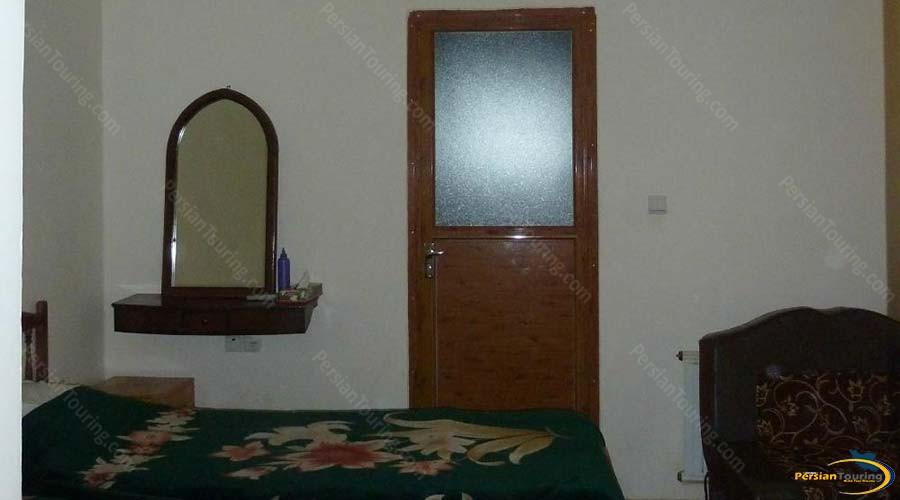 traditional-kohan-hotel-yazd-single-room-1