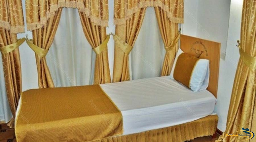 vali-traditional-hotel-yazd-single room 1