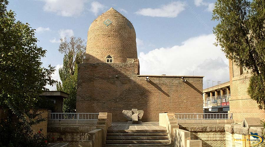 tomb-of-esther-and-mordechai-2