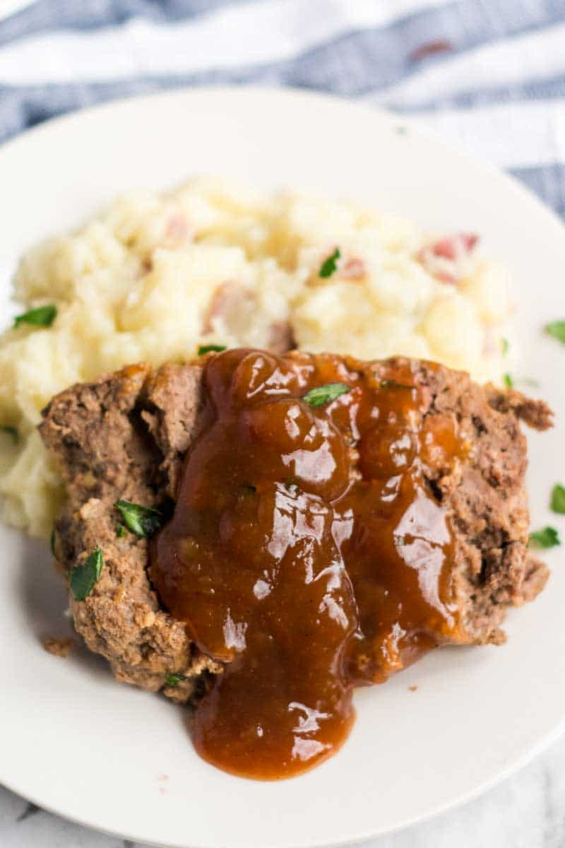 Classic Meatloaf with Brown Gravy for those nights you're feeling nostalgic and want an easy, filling meal.   www.persnicketyplates.com