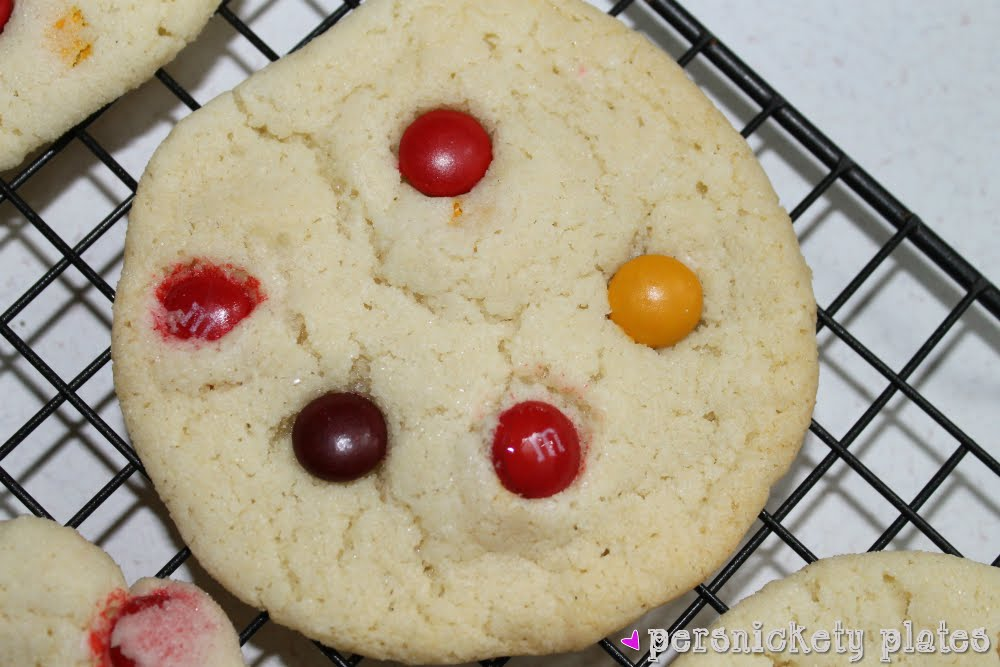 Chewy M&M Sugar Cookies | Persnickety Plates