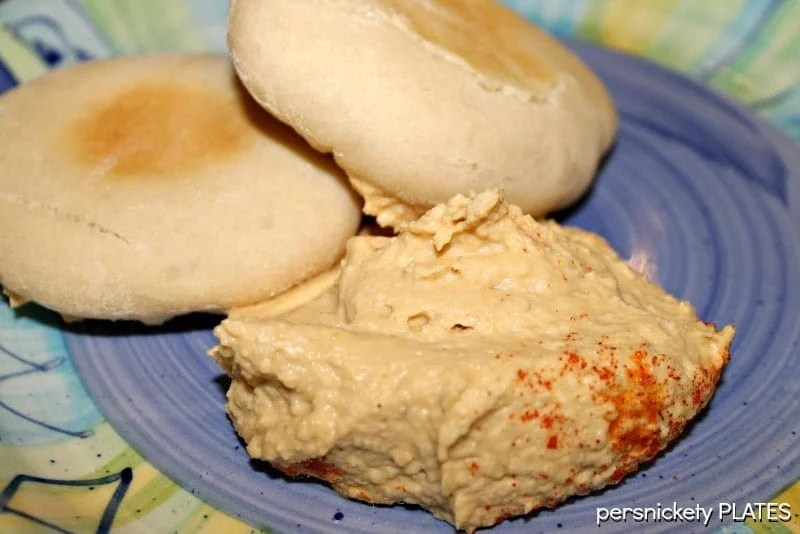Homemade Hummus is so much better than store bought! And so easy to make | Persnickety Plates